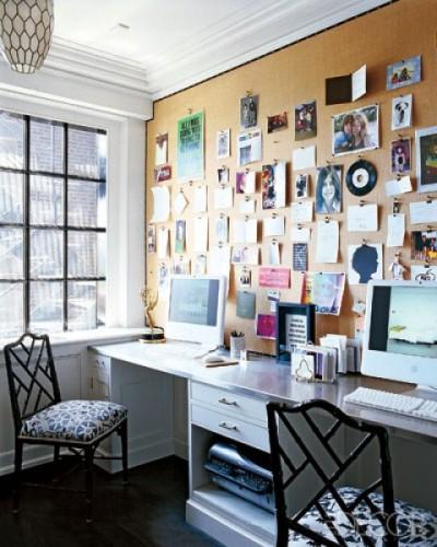 Window seat desk area