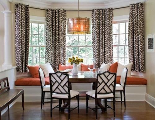window-seat-Dining