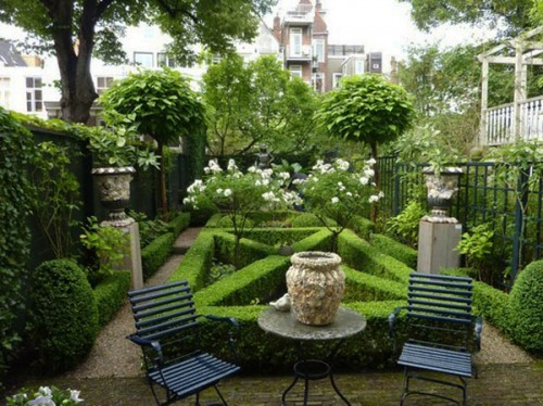 Outdoor Garden Furniture and Decoration Ideas