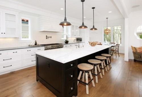 Creative Ways to Update Kitchen Cabinets