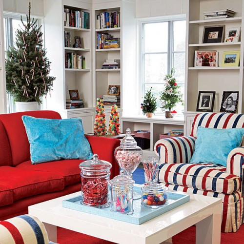 Decorate cushions in red and white