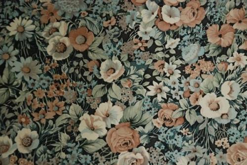Flower printed wallpaper