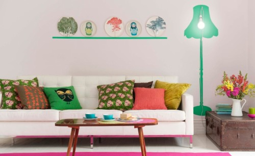 How to Hang Pictures in Home