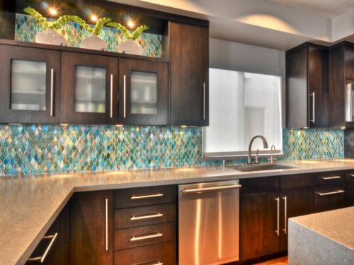 Affordable and Trendiest Kitchen Backsplash Materials