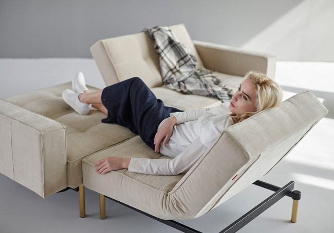Box combining lounge bed chair