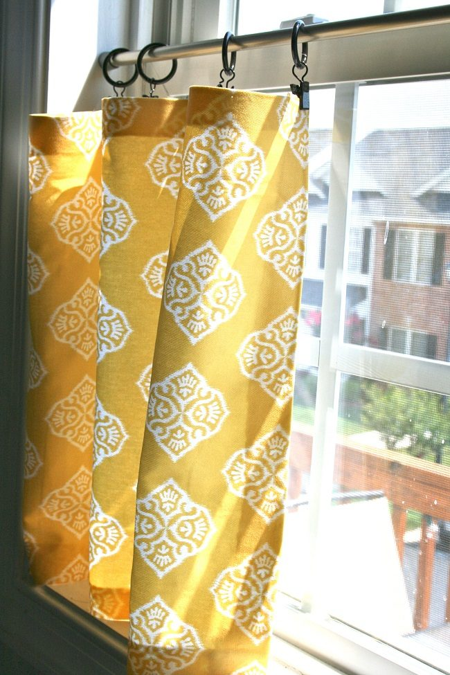 No-Sew Cafe Curtains