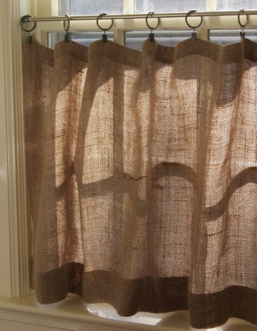No-Sew Country Curtain with Burlap