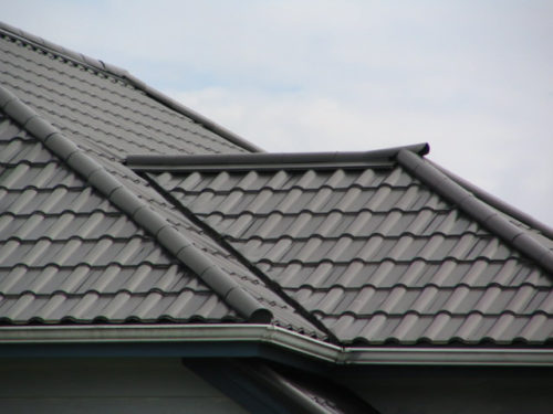 Fire Resistant Roof Tile : Benefits and drawbacks of metal roofing tiles inhabit
